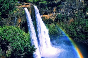 big-island-hawaii-wailuafalls